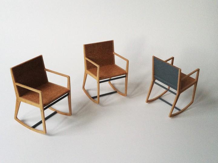 Des chaises miniatures